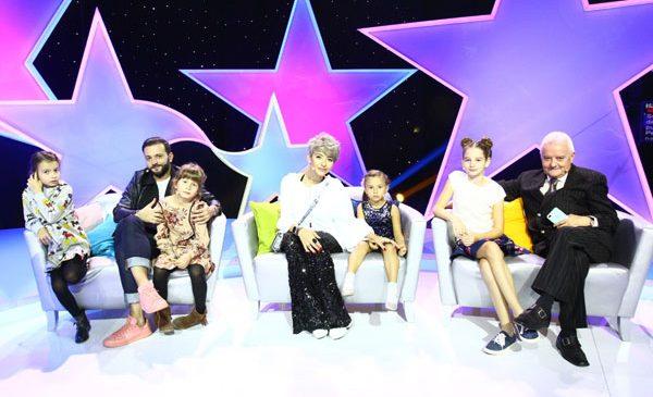"""Irinel Columbeanu, Giulia Anghelescu și Mihai Morar vin alături fiicele lor, Irina, Antonia, Mara și Cezara, la """"Aici eu sunt vedeta"""""""