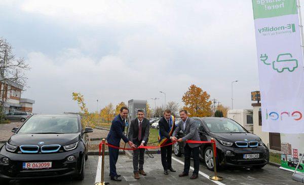 Enel și Aeroportul Internațional Timișoara Traian Vuia inaugurează prima stație rapidă de încărcare pentru vehicule electrice într-un aeroport din România