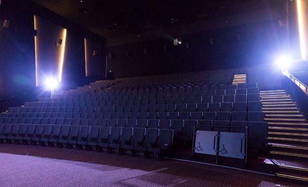 Grand Cinema & More completează dotările sălii Ultra cu singurul proiector cu laser din Europa de Sud-Est
