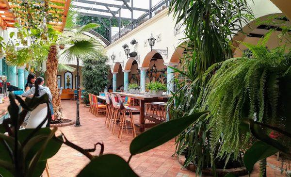 Restaurant Galletto, gradina urbana unde te poți bucura de gustul cocoșelului de munte, din Valle Spluga