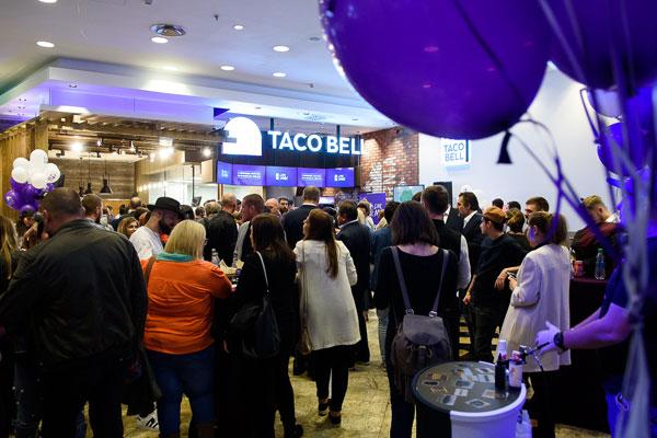 lansare Taco Bell