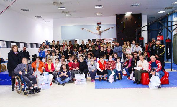 Arpad Cseh ajuta copiii defavorizati chiar de ziua tatalui sau, Szobi Cseh