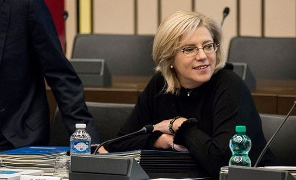 Corina Crețu a reprezentat Comisia Europeană în negocierile pentru simplificarea procedurilor de accesare a fondurilor europene