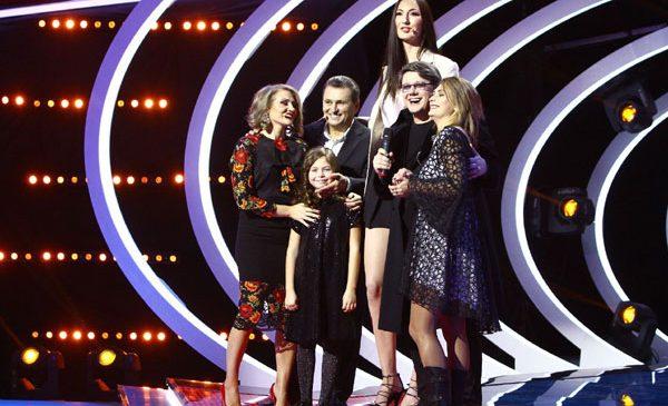 Mirela Vaida, Fuego și nea Mărin au câștigat 3.000 de euro, pentru o fetiță talentată la muzică