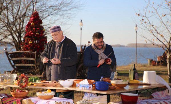 Dinescu găteşte pentru actorul Silviu Petcu, în ultima ediţie Politică şi delicateţuri a anului