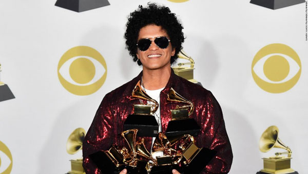 Bruno Mars, unul dintre cei mai premiati artisti la Gala Premiilor Grammy