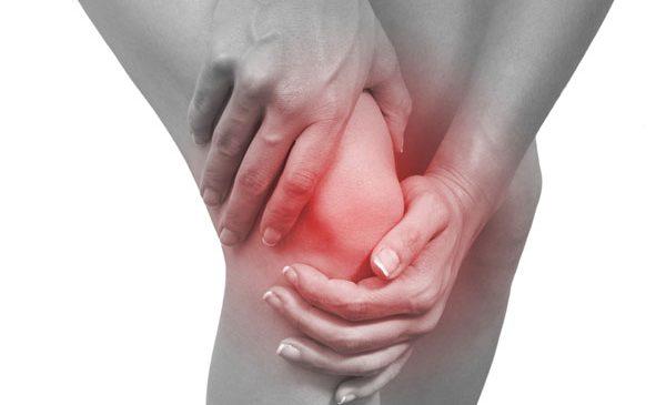 Vremea urâtă îți accentuează durerile provocate de artroză? Tratează-le cu ajutorul infiltrațiilor cu plasmă proprie, îmbogățită în trombocite!
