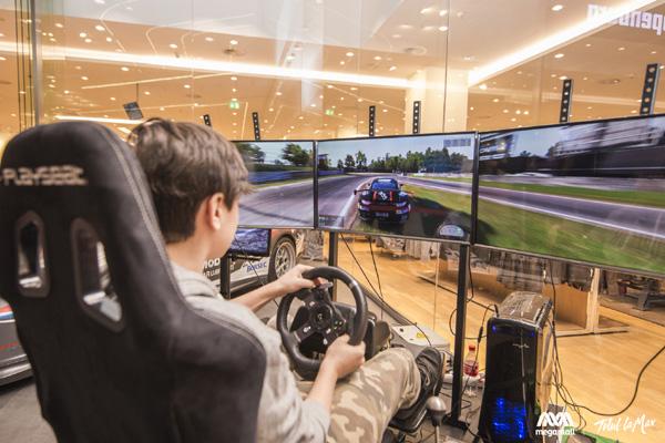 Expozitie auto in premiera la Mega Mall pentru pasionatii de raliuri