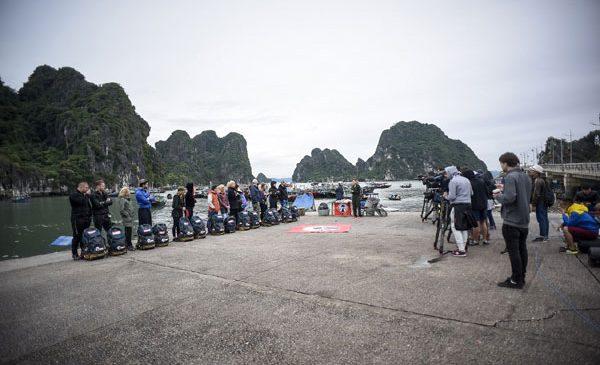 Marea premieră a celui mai dur reality show, Asia Express: vedetele au fost percheziționate de către poliția vietnameză