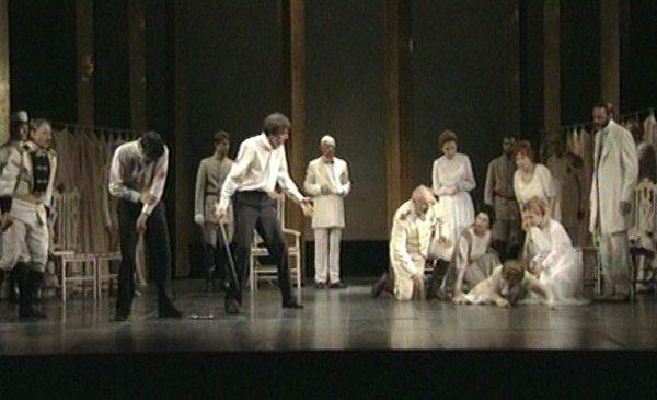 """Casa de Producţie TVR vă propune """"Hamlet"""" de W. Shakespeare"""