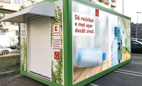 Kaufland România își dotează magazinele cu automate de reciclare a ambalajelor și răsplătește clienții care le folosesc