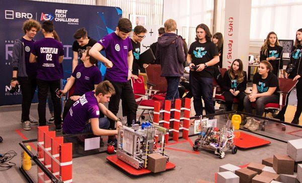"""În cadrul finalei competiției de robotică """"BRD FIRST Tech Challenge Romania"""", 4 echipe vor fi desemnate să reprezinte România în Statele Unite ale Americii"""
