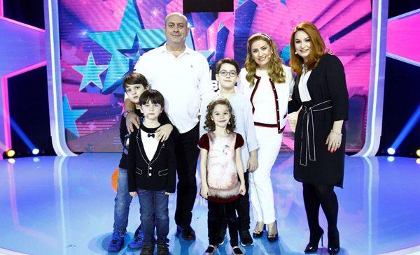"""Vlad, Sofia, Teodor și Eduard dezvăluie secretele părinților lor, Valentina Fătu, Cristina Pocora și Emil Mitrache la """"Aici eu sunt vedeta"""""""
