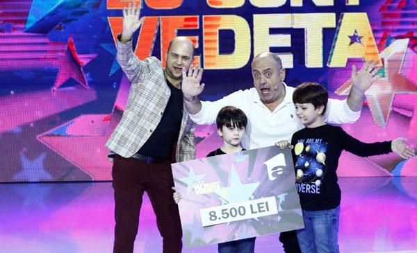 """Emil Mitrache și băieții săi, Teodor și Eduard, au câștigat ultima ediție """"Aici eu sunt vedeta"""""""