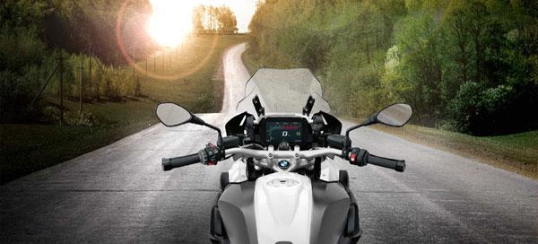 BMW Motorrad România dă startul programului de test ride pentru clienţi