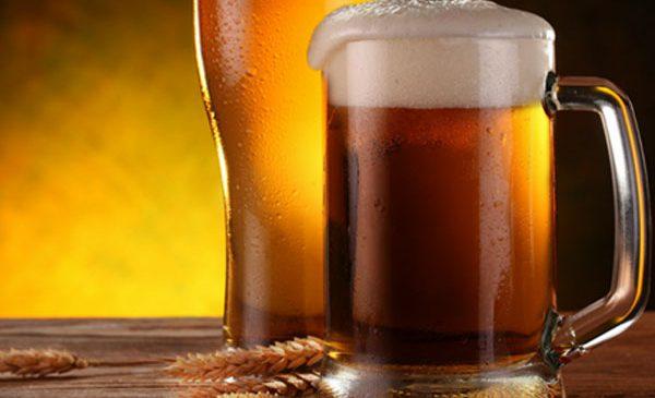 Sursă de fibre solubile, berea consumată cu moderație poate ține sub control nivelul de colesterol