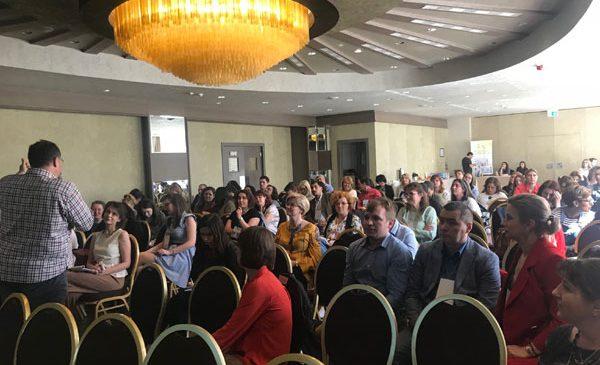 """Peste 100 de specialiști au participat la Conferința națională cu participare internațională """"Abordarea transdisciplinară a adicțiilor"""" (Iași, 20-22 aprilie 2018)"""