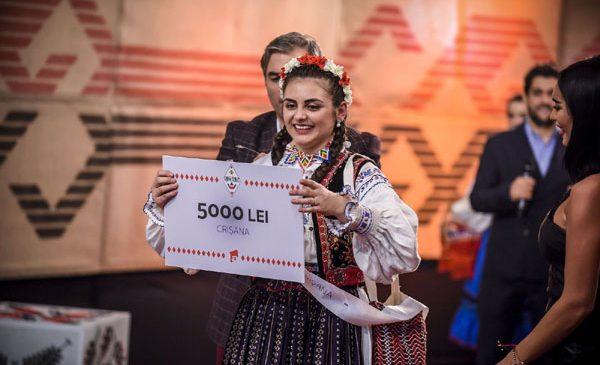 """Denisa, câștigătoarea """"Ie, Românie"""" – Crișana, este studentă la Matematică"""