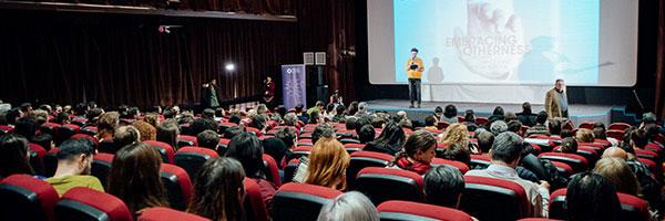 Marele Premiu BIEFF 2018: FLORES, o perspectivă unică asupra interacțiunii dintre umanitate și mediul înconjurător