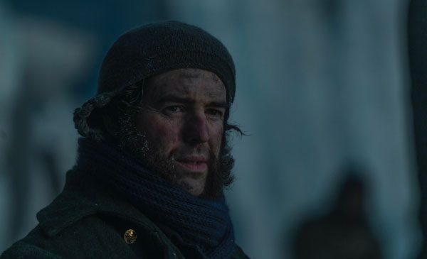 """În cel mai nou episod din """"The Terror"""", difuzat pe 26 aprilie, de la ora 22:00, pe AMC, se pune la cale un plan menit să ridice moralul marinarilor"""