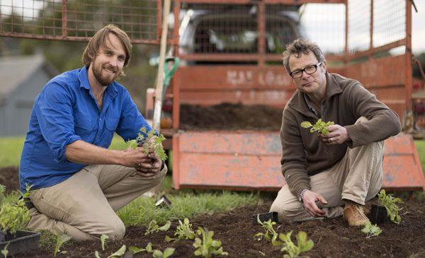 Trăiește organic, cu Hugh Fearnley-Whittingstall și Paul West, la TV Paprika