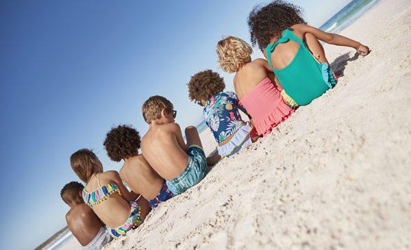 Vacanța de vară și ținutele ideale pentru cei mici