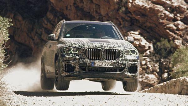 Versatil şi robust, nici o misiune nu-i prea dificilă. Noul BMW X5 este testat asiduu de la Cercul Polar până în Africa de Sud