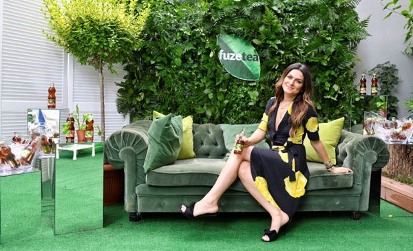 Artista Alexandra Nechita este noul Ambasador al Brandului FUZETEA