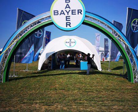 Bayer România lansează Centrul de Inovaţie Agrotehnologică Bayer, platformă ce susține agricultura viitorului în zona de vest a României