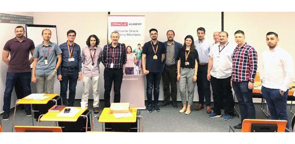 """Aplicații pentru un oraș Smart – ADFABER anunță câștigătorii celui de-al 3-lea concurs """"Competiția Java pentru Universități"""", concursul național pentru tinerii programatori"""