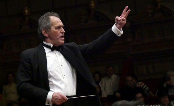 Dirijorul Cristian Mandeal prezintă Simfonia a II-a de Enescu cu Filarmonica din Cluj
