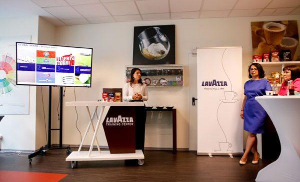 Lavazza lansează un nou centru de training în București în partneriat cu Coca-Cola HBC România