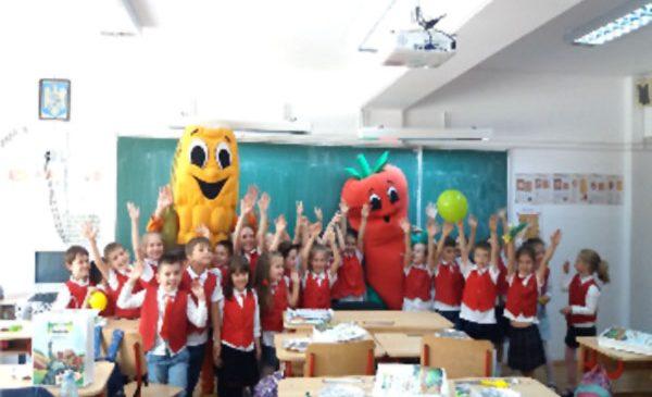 Educaţie prin joc: 1000 de copii au descoperit importanţa alimentaţiei sănătoase în atelierele Bonduelle «Şcoala Altfel. Masa Altfel»