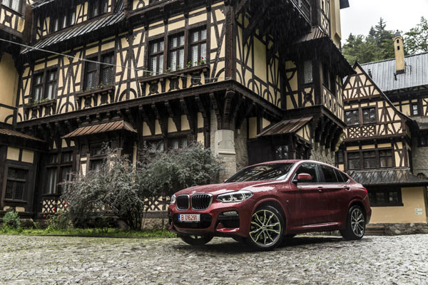 BMW X4 at Concursul de Eleganta Sinaia