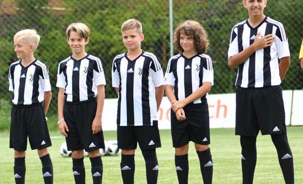 Ce spun antrenorii italieni despre tinerii fotbaliști români