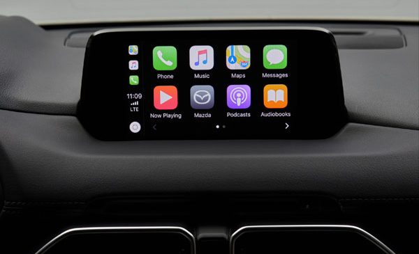 Mazda permite controlul smartphone-ului prin intermediul MZD Connect