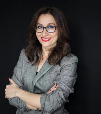 Adriana Tabac, Director de Brand, Marketing și Comunicare EY România