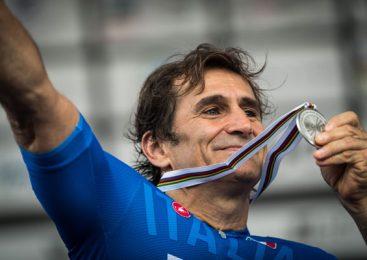 Ambasadorul mărcii BMW Alessandro Zanardi a câştigat două medalii pe teren propriu la Campionatul Mondial de Paraciclism