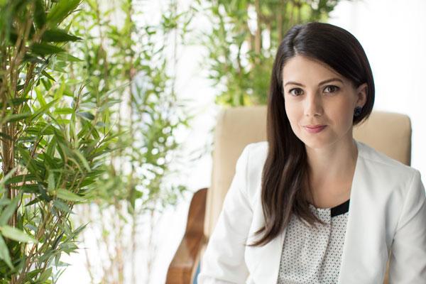 Marina Popescu, Floria.ro