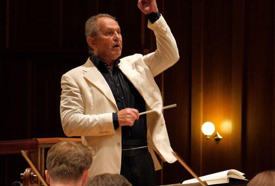 Arta fugii In memoriam Erich Bergel cu dirijorul Cristian Mandeal la Cluj