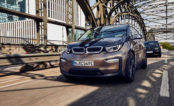 Baterii de capacitate mai mare, mai multă autonomie şi proprietăţi sportive specifice – noile BMW i3 (120 Ah) şi BMW i3s (120 Ah)