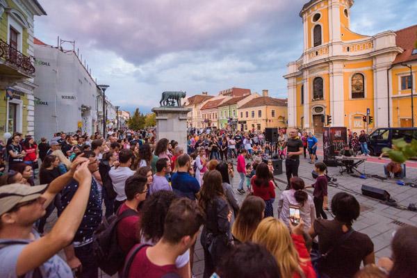 Jazz in the Street, Eroilor