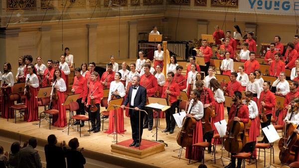 Orchestra Română de Tineret şi Cristian Mandeal la Auditorium Maximum Cluj Napoca şi la Musikverein Viena