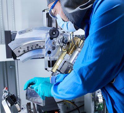 BMW Group, Northvolt şi Umicore colaborează pentru a acoperi sustenabil tot ciclul de viaţă al bateriilor