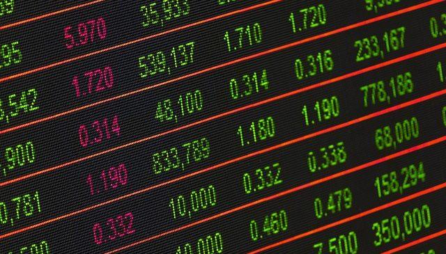 Cea mai buna strategie de a investi la bursa: achizitie de actiuni in scadere