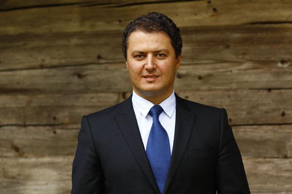 Stefan Darabus, HHC
