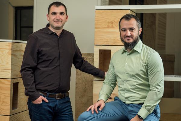 Matei Maloș (stanga) si Andrei Diaconu (dreapta)