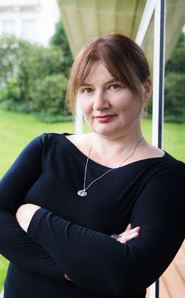 Ioana Uricaru, photo ©Annette Hornischer