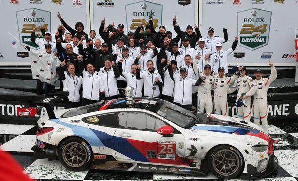 BMW Team RLL a câştigat cursa de 24 de ore de la Daytona şi îi dedică victoria lui Charly Lamm – Alex Zanardi a avut o apariţie inspiraţională în BMW M8 GTE