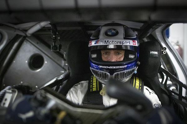 Dezvoltarea sistemelor de condus pentru Alessandro Zanardi